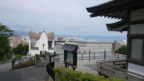 函館教会と日本寺