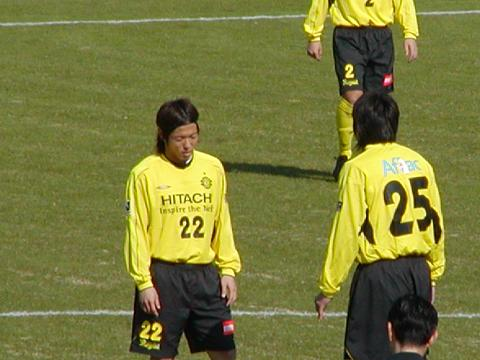 2トップ 北嶋、鈴木達也選手