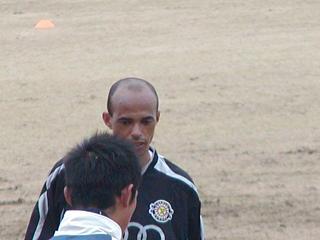 練習中のリカルジーニョ選手
