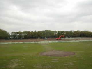 改修工事が行われている野球場