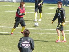 練習中の谷澤・岡山選手