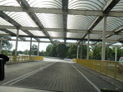 国境gate