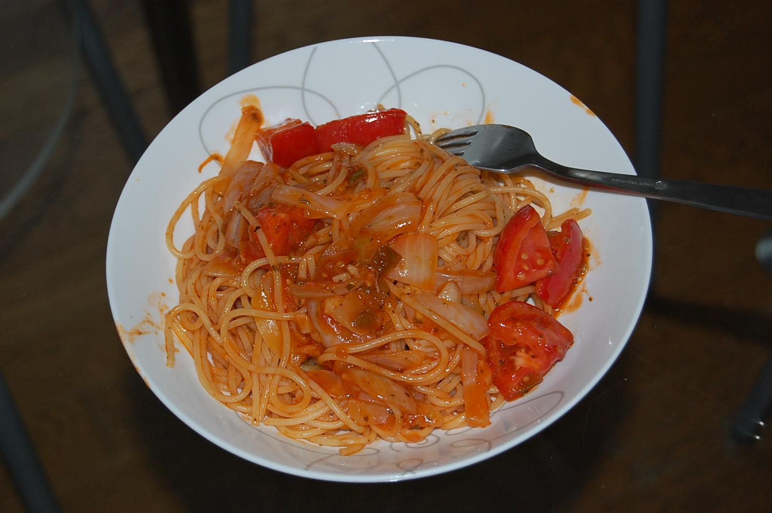 トマトパスタ