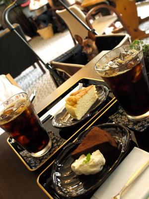 あいすドリンクとケーキのセット&アクア@Cafe 蓮櫻 (れんおう)
