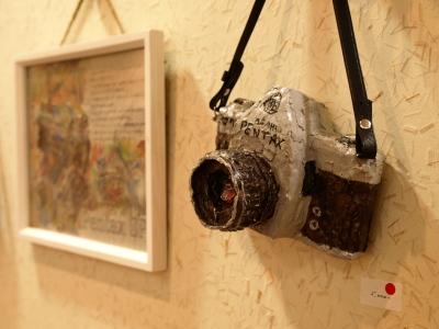 大濱友康作品 カメラのオブジェ展 「カメラ de ねんど?」