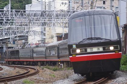 20111001 2100