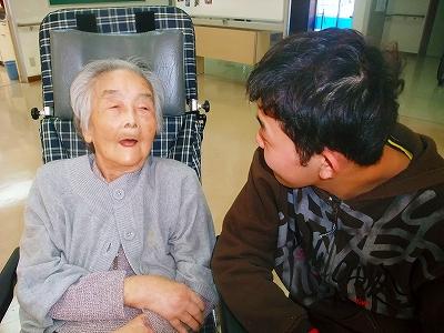 お祖母ちゃんが心配な洋一