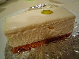 しろたえ(レアチーズケーキ) (2)