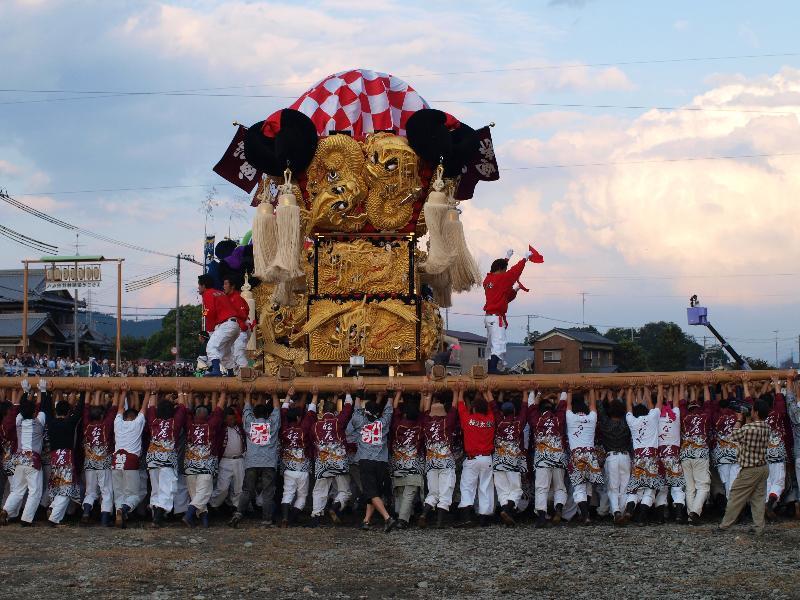 西条祭り 飯積神社 渦井川河原 かきくらべ