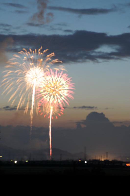 西条市おかげん祭市民花火大会  夕暮れ風景