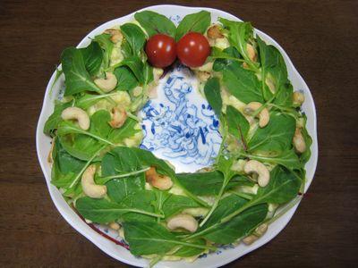 リース型のサラダ