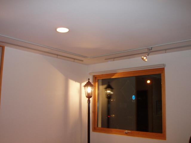 事務所内照明