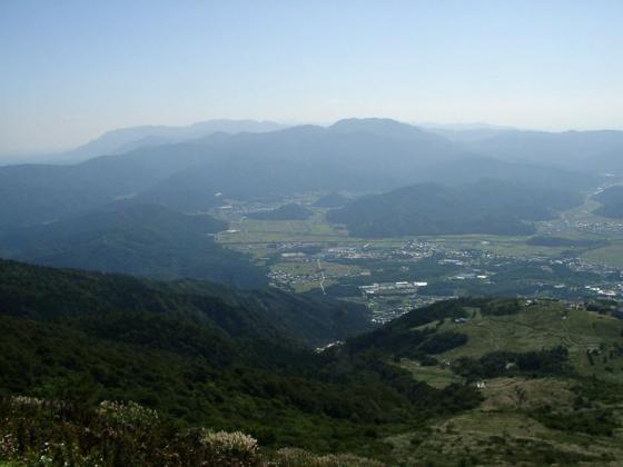 近江平野と霊仙山