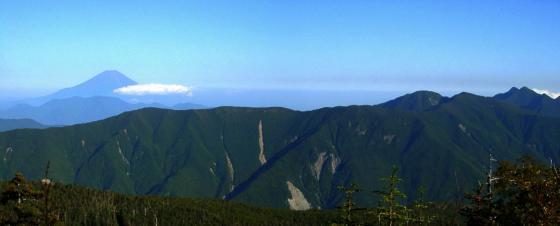 092006富士山と笊ヶ岳