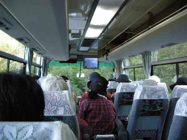 高原バスの中