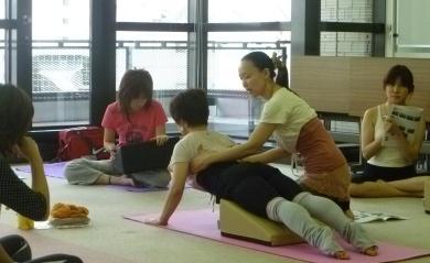 20110730Flexcushion x Pilates目黒若菜先生01