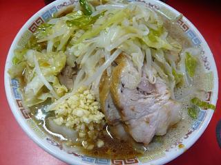 ラーメン二郎三田本店(小豚上から2)