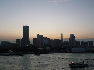 横浜大桟橋(風景夕暮れその2)