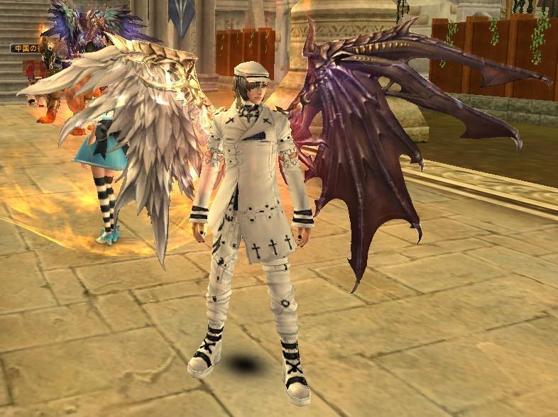 リリスの翼正面