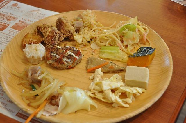 DSC_1639 奥伊勢七保鶏唐揚げ、一口ハンバーグ、細切りジャガイモのチンジャオ風、キャベツのオーブン焼、