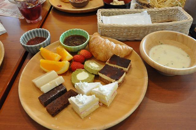 DSC_1634 抹茶ロール、豆乳寒天、チョコブラウニー、クランベリーケーキ、クラムチャウダー