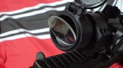 レンズ保護シールド