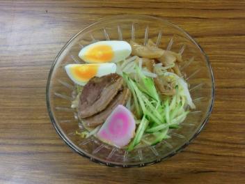 いのしし冷麺・ごま味600円