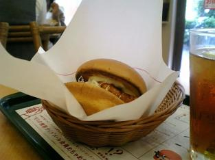 モス舗限定メニュー宮崎県産鶏使用チキン南蛮バーガー002