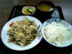 山田ホームレストラン 肉野菜炒め03