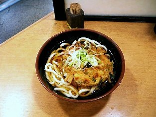 上野駅喜多そばで天ぷらうどんを食べる004
