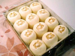 崎陽軒の横濱名物シウマイまん003