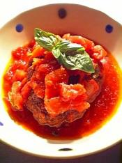 トマトソースで煮込んだ煮込みハンバーグ004