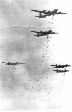 250px-B-29s_dropping_bombs.jpg