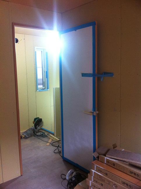 子供部屋のドア