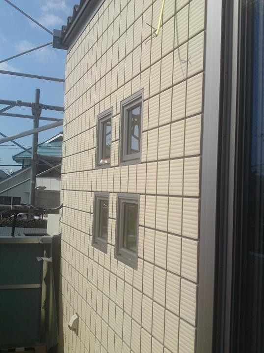 棟上げ時の様子(アクセント小窓)
