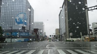 ①富山雨の朝