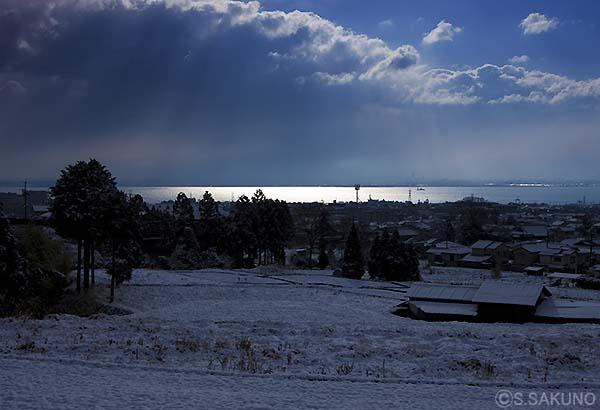 雪の朝024W0064