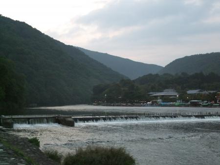 19嵐山桂川