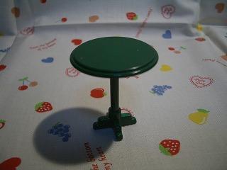 まるテーブル