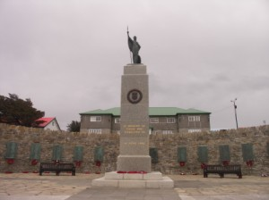 フォークランド/Liberation Monument