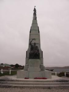 フォークランド/Battle Monument