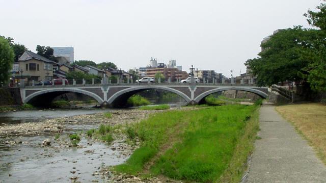 浅野川大橋1