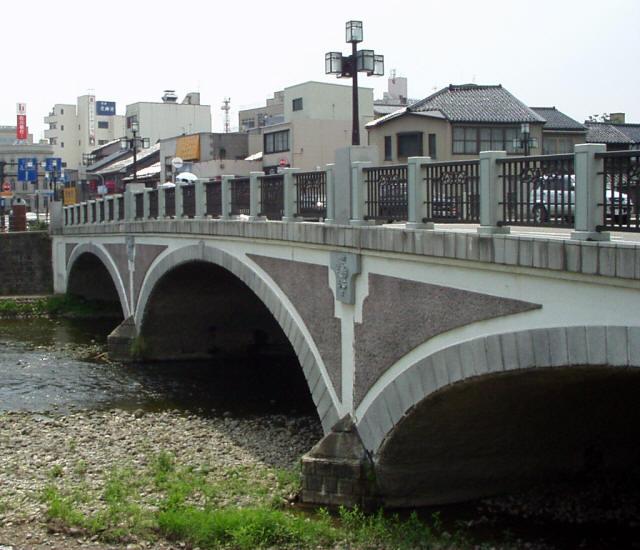 浅野川大橋2
