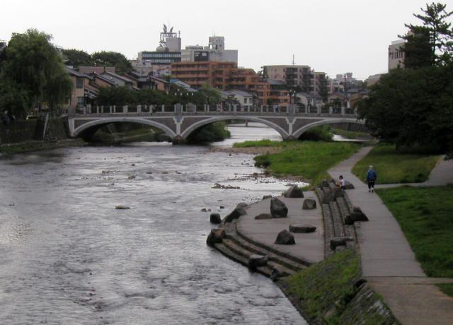 浅野川大橋4