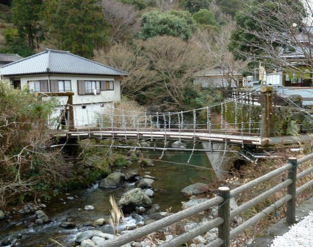つりばし荘の吊橋07