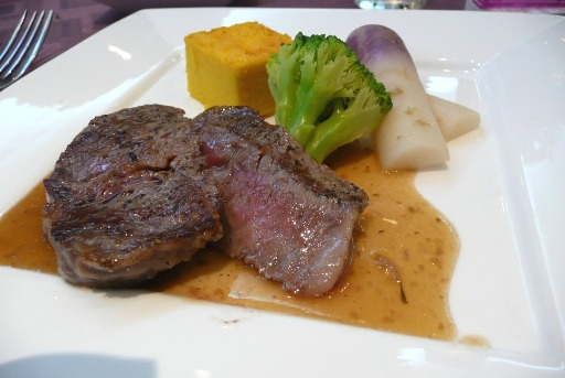 茨城の黒毛和牛ステーキ