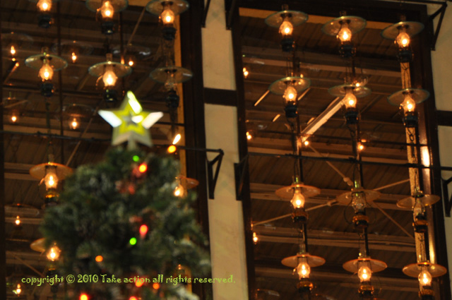 2010・12小樽ロングクリスマス駅ツリー2
