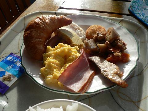 朝食ですよ。