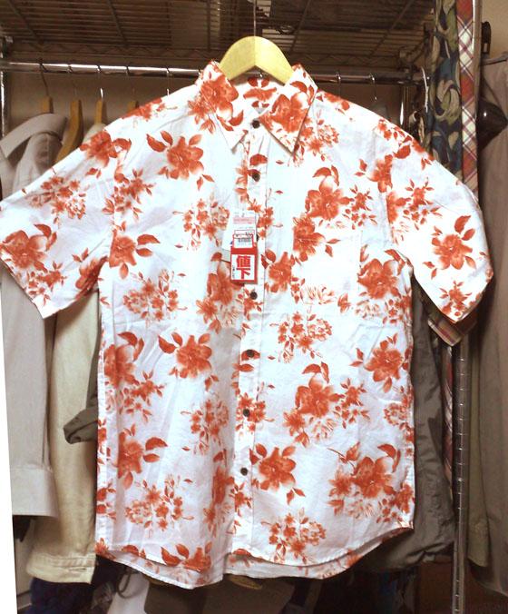 半袖シャツ赤い花柄