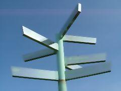 各地までの方位と距離を示す。樺太43km、沖縄・石垣市2849km、アラスカ・アンカレッジ4845kmなど。